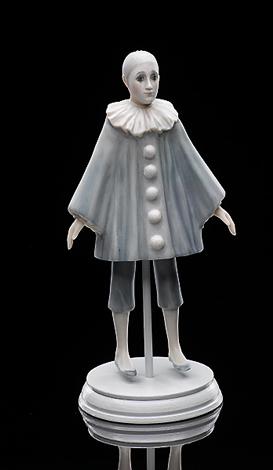 Pierrot (in blue)